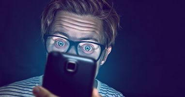 6 Health Risks of Staring at Your Phone Too Much