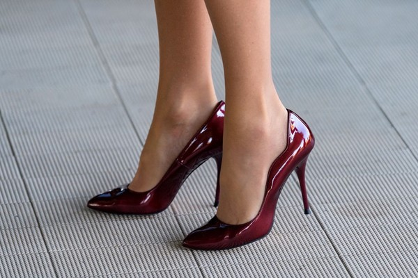 7 Terrible Side Effects of Wearing High Heels That Will Shock You