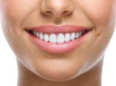 8 Foods and Drinks to Avoid After a Teeth Whitening Procedure